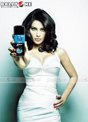 Bipasha Basu Hot Fa Men Xtreme Advetisments Pics