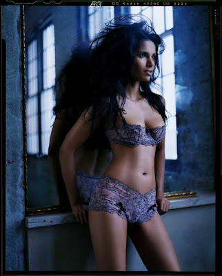 Padma Lakshmi Hot in Lingerie Pictures