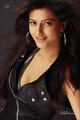 Shruti Hasan Hot & Spicy Pictures