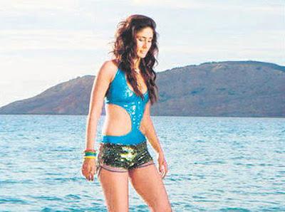 Kareena Kapoor hot ,sexy bikini