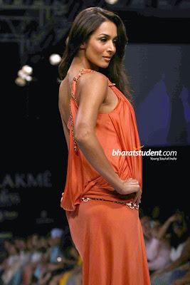 hot Mallaika Arora Rocks Lakme Fashion Week