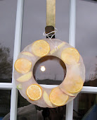 FROZEN REVERSIBLE WREATH