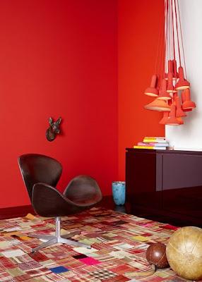 ju s april 2010. Black Bedroom Furniture Sets. Home Design Ideas
