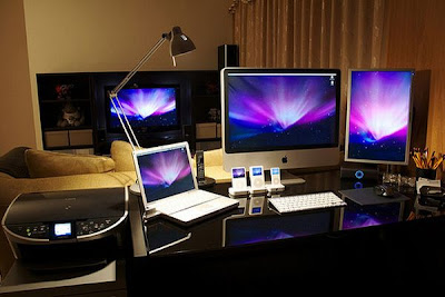 Cool Computer Workstations Seen On www.coolpicturegallery.net