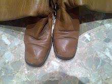 botas marrones viejas