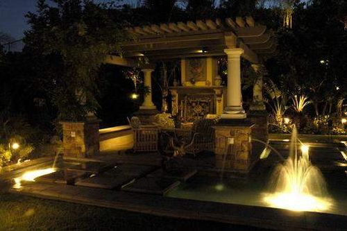 Luxury landscape design awesome home design luxury for Luxury landscape design