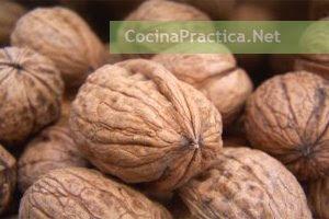 Nueces, ingredientes destacados para esta receta muy fácil y rápida con pasta.