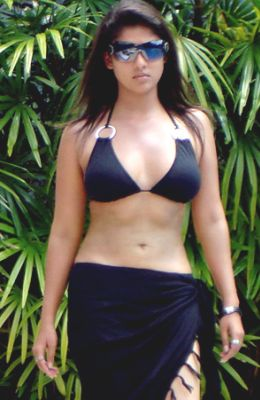 sexy actress nayanthara bikini pictures navel pictures