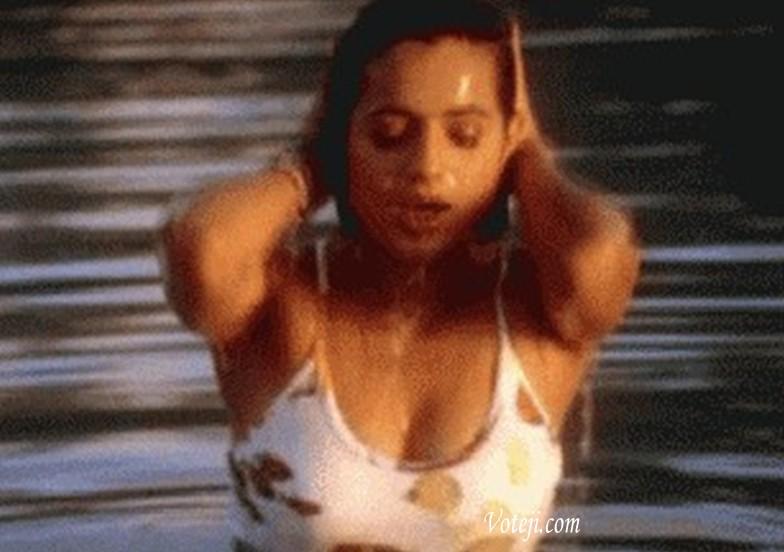 Amisha Patel Bikini