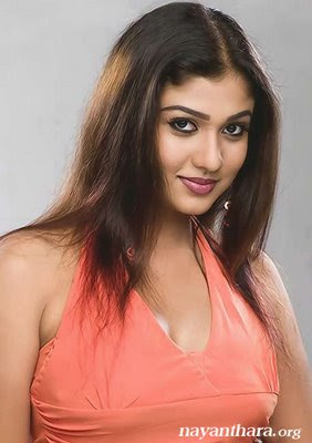 Nayanthara+hot+stills+in+vallavan