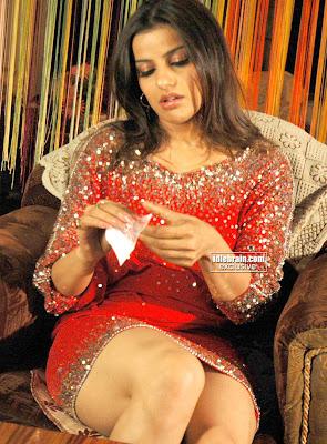 Katrina Sxs http://onestoptoget.blogspot.com/2009/12/masala-actress