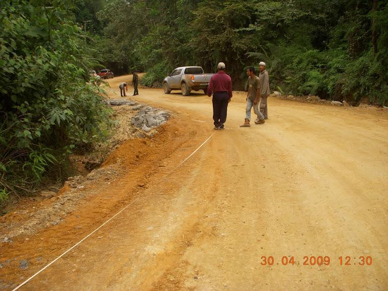 jalan tambang Barito Timur