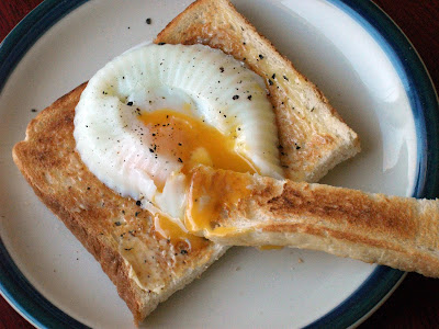 Quinn's Baking Diary: Poached Egg