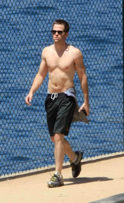 Chris Pine Shirtless Pictures