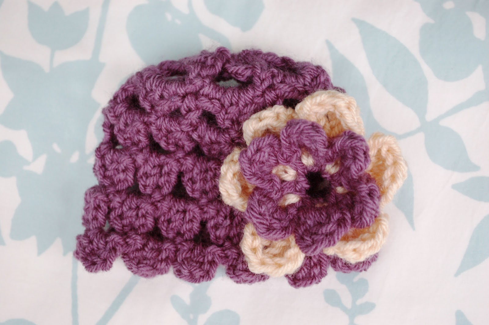 Free Crochet Flower Patterns For Baby Hats : Alli Crafts: Free Pattern: Petals Newborn Hat