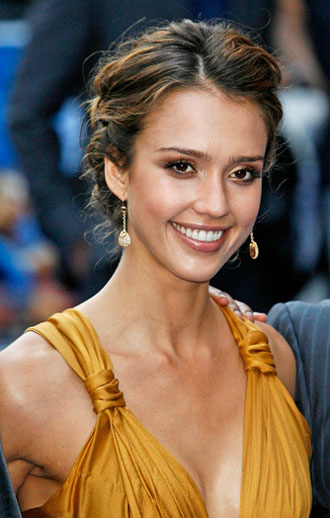 Jessica Alba has some trendy hairstyle including some long flowing