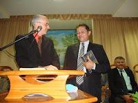 Padre se converte ao protestantismo e gera polêmica na Diocese de Cajazeiras e já esta pregando na AD
