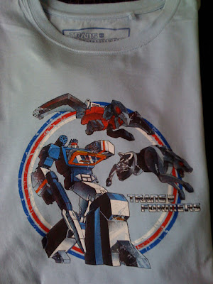 soundwave transformers t shirt with ravage and lazerbeak