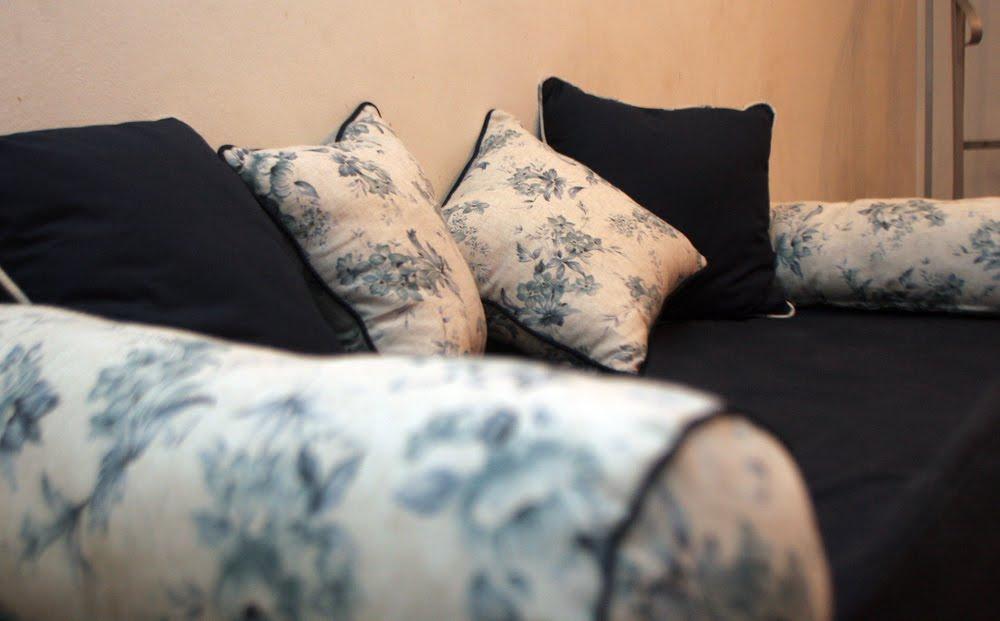 Mimi mel n deco cubre y almohadones del divan de carolina for Almohadones divan