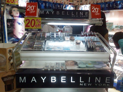 Whenever SM Malls are on sale, Maybelline Make Up stands are too
