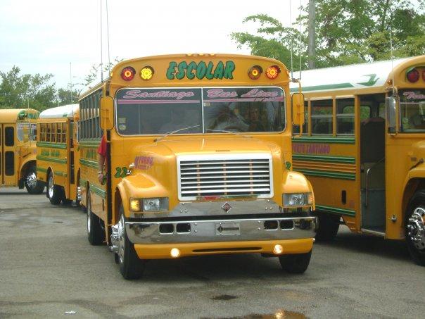 la diferencia de los buses de panama y puerto rico