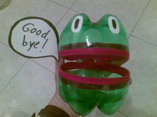 اعمال فنية جميلة لقضاء وقت الفراغ  Frog_plastic-bottles1