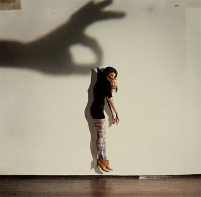 روس ورين مصوران من نيويورك وظفا الظل ...: http://jonoonalfan.blogspot.com/2009/08/blog-post_07.html