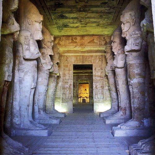 http://1.bp.blogspot.com/_X4qe7-HyiEs/TG4L2gmi49I/AAAAAAAADOo/UUzTuSk_Bd0/s1600/pharaoh-abu-simbel-hall.jpg