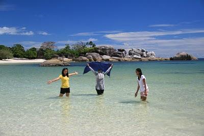 Belitung Negeri Laskar Pelangi