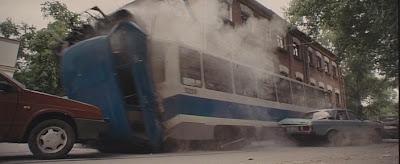 Трамвай идет на таран