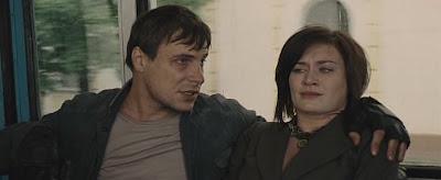 Скриншот из фильма. Мария Машкова и Евгений Цыганов.