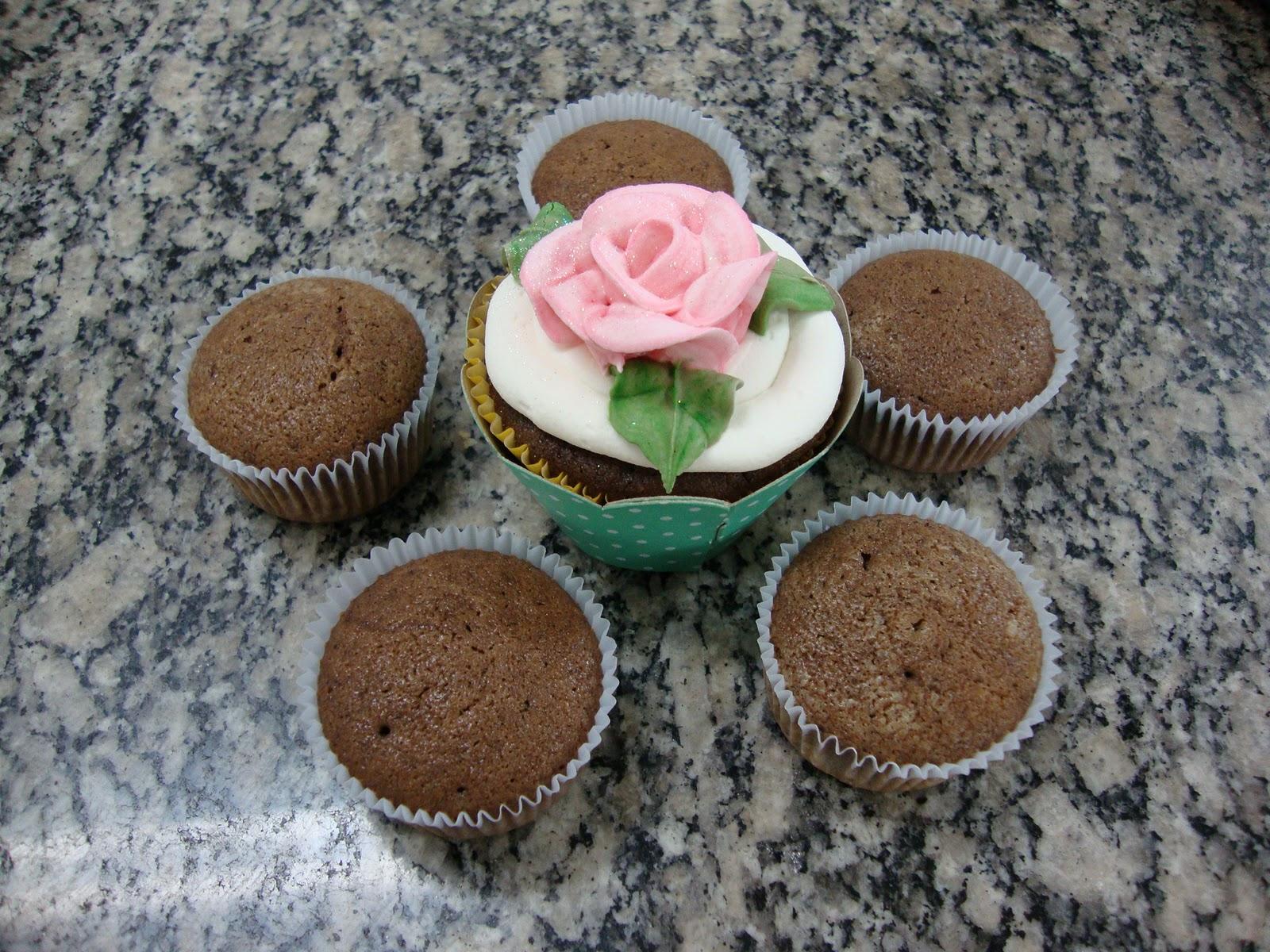 Lourdes Diniz: Cup Cakes on