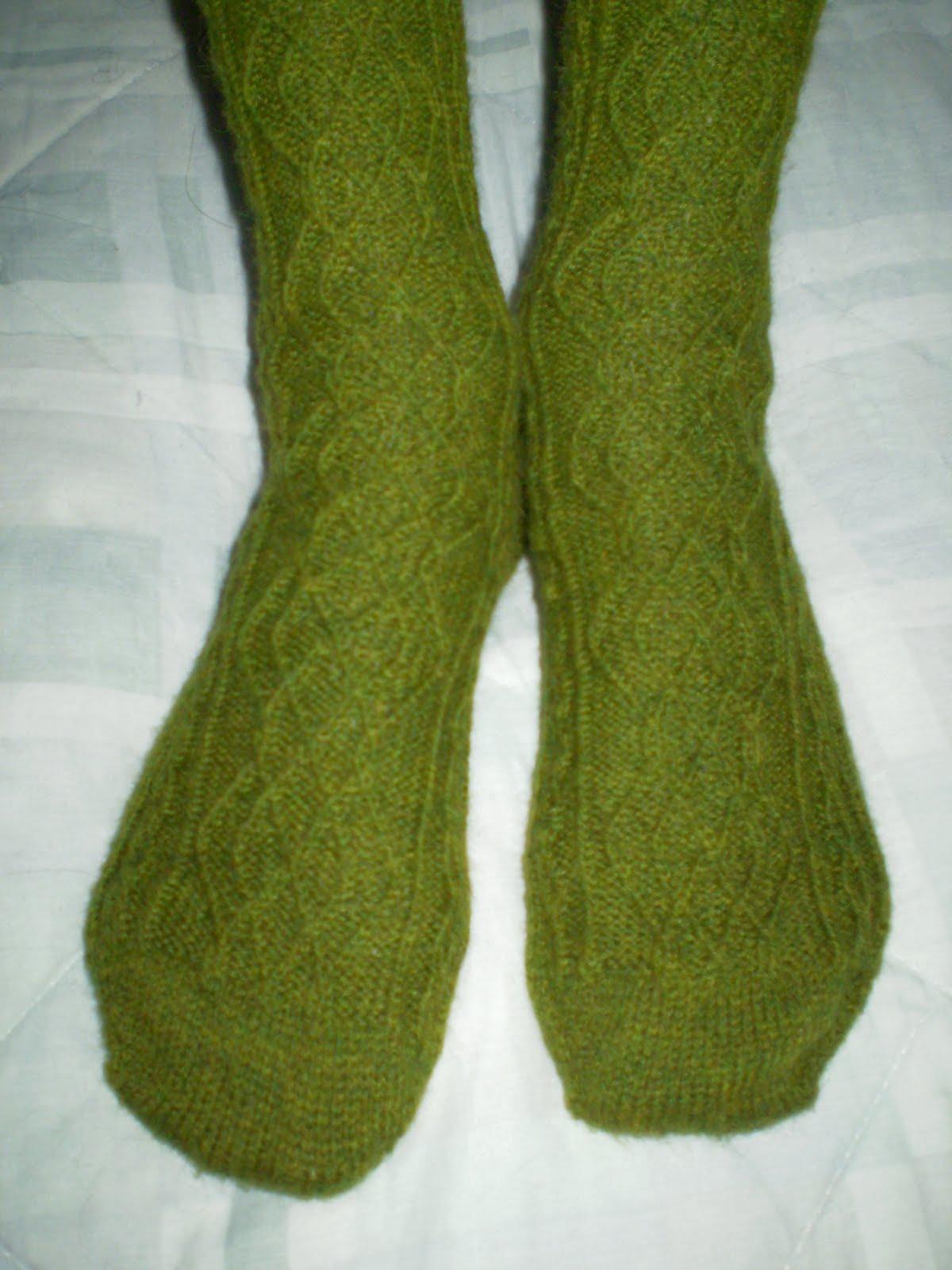 Knitting Cowgirls: Richards Aran Socks