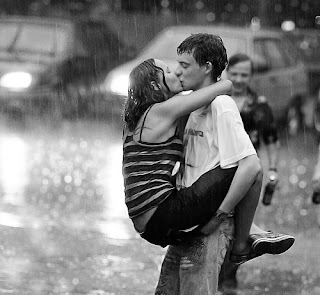 romantic kiss in the rain