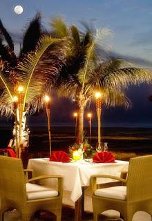 romantic date of dinner