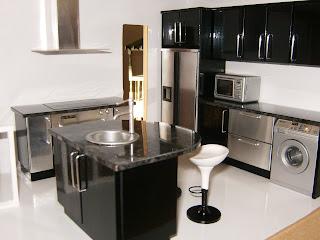 Cocina negra brillo encimera oscura o blanca decorar - Cocina blanca mate o brillo ...