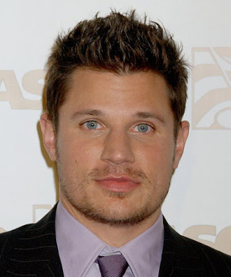 Men's spiky hairstyle from Nick Lachey Nick Lachey with short spiky haircut