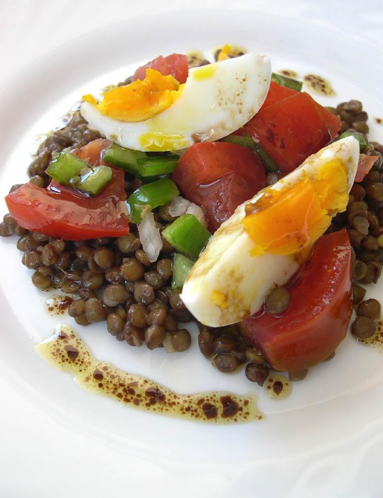 Desayuno de domingo ensalada de lentejas for Cocinar lentejas de bote