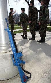 [blue+rifle]