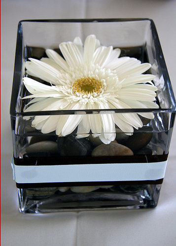 black wedding center pieces