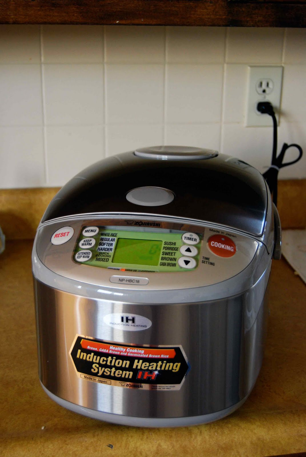 I Have Had My Eye On A Rice Cooker For Awhile And Ironically, Not So Much  For Its Rice Cooking Abilities (which Will Of Coursee In Handy) But For  Its