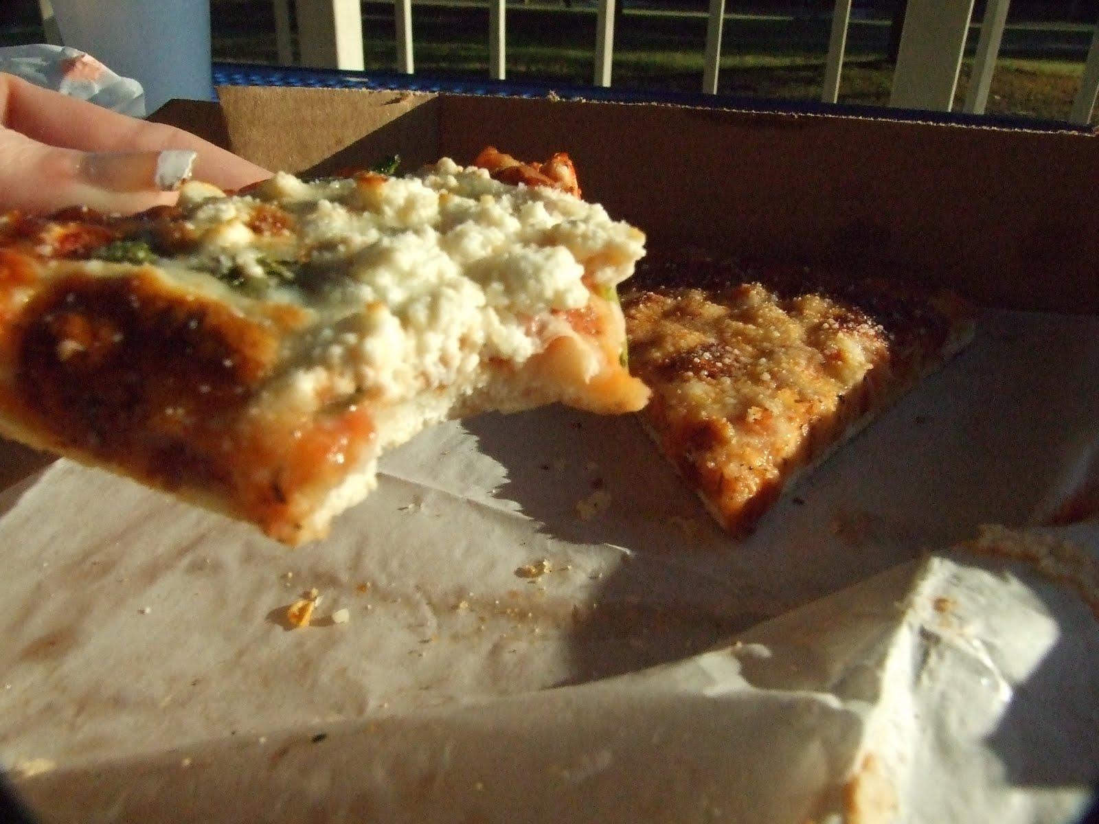 O-Zone Pizza Pub | foodbaby