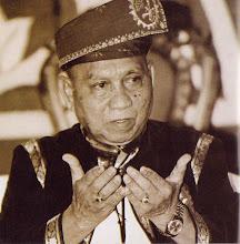 Tuan Hj Ishak Bin Itam (guru & president psscm)