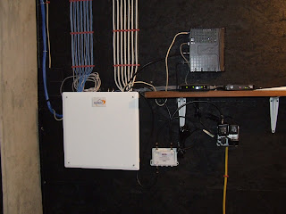 comcast wiring new home comcast image wiring diagram cable tv signal booster home construction improvement on comcast wiring new home