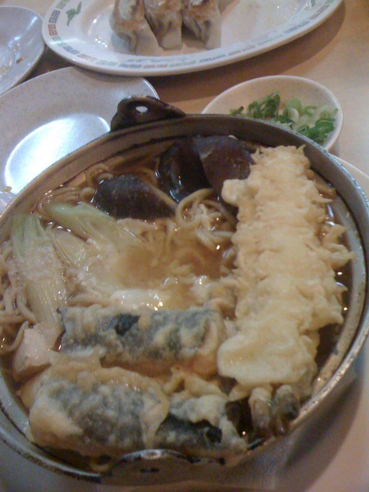 ... vegetable tempura, kani tempura and 2-3 whole pcs of shiitake mushroom