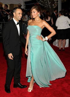 Eva Mendes in Calvin Klein