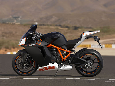 KTM RC8 pictures