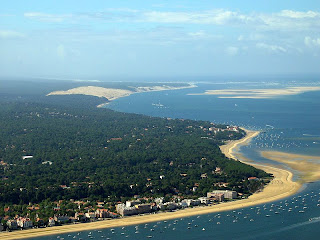 View over the Mulleau Beach in Arcachon