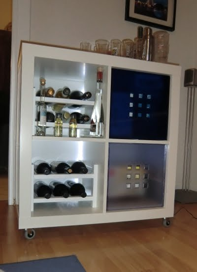 Minibar ikea style for Angolo bar ikea