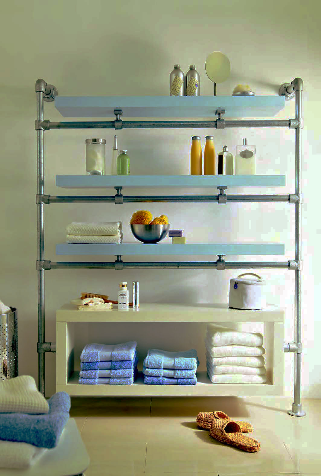 Floating bathroom shelf made with kee klamp and lack - Floating shelf ideas for bathroom ...